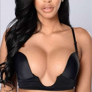 Other - U/ V shapes push up bra